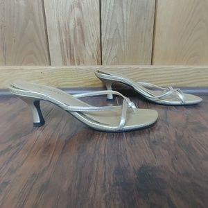 🌺Classified Gold Heel Strappy Flip Flop Sandal
